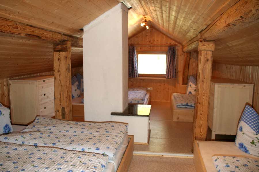 Mehrbettzimmer auf der Alpe